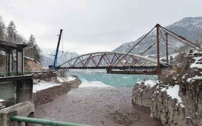 Ponte sul lago di Barcis: completata l'ultima fase del varo